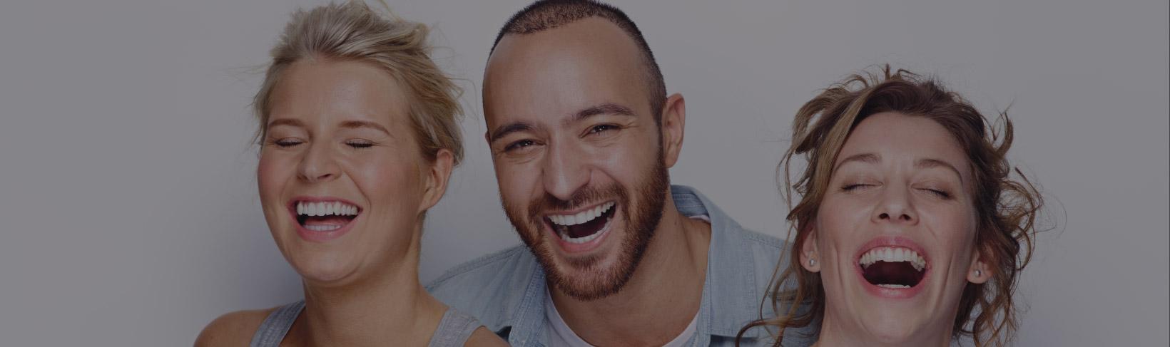 invisalign ortodoncia tres torres Barcelona sonrisas personas